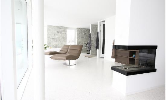 wohnhaus-mit-bianco-carrara-in-meilen-ch-architekt-locher-u-partner
